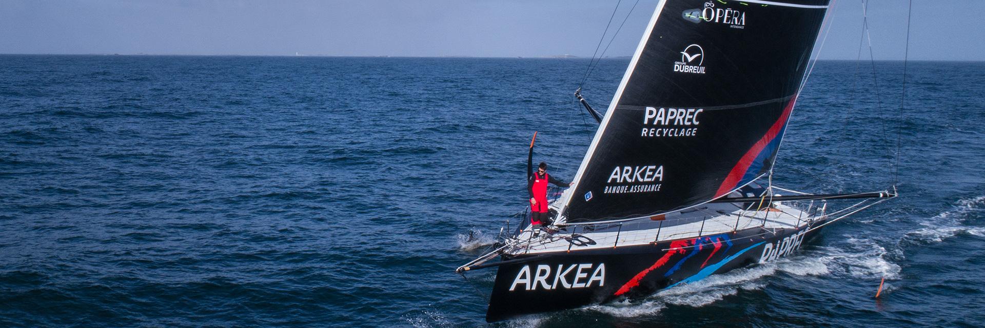 Le groupe DUBREUIL embarque avec Sébastien Simon, skipper d'ARKEA PAPREC